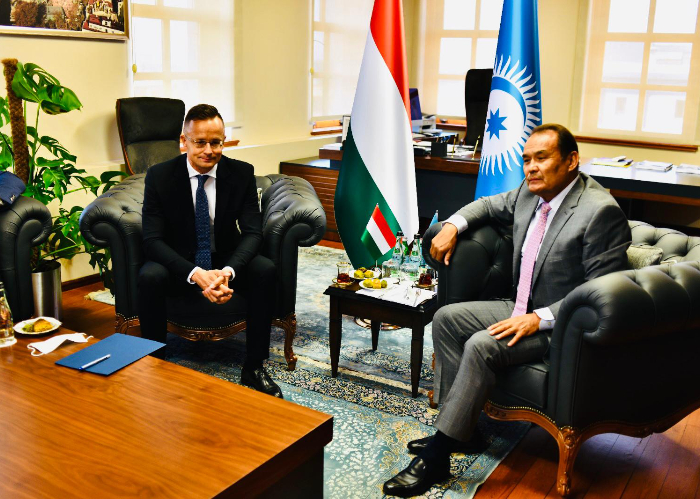 Minister of Foreign Affairs and Trade of Hungary visited the Secretariat of the Turkic Council