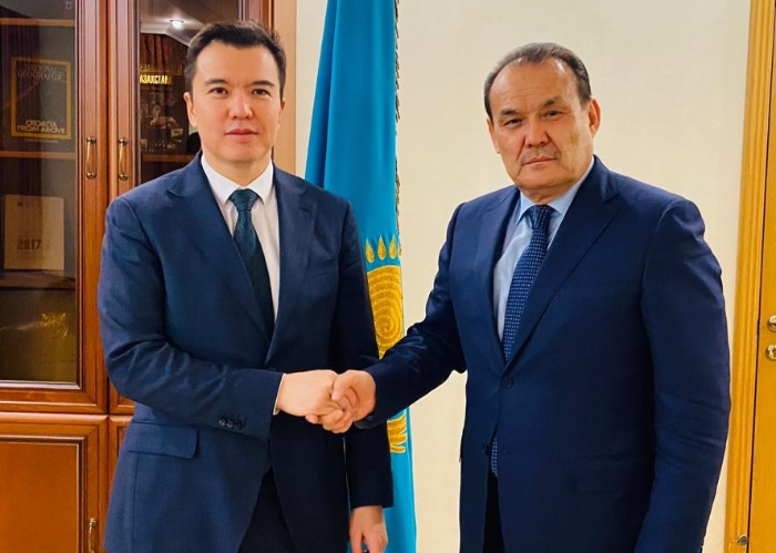 Turkic Council Secretary General H.E.Baghdad Amreyev met with the Minister of National Economy of the Republic of Kazakhstan, H.E. Ruslan Dalenov in Nur Sultan on 5 March 2020.