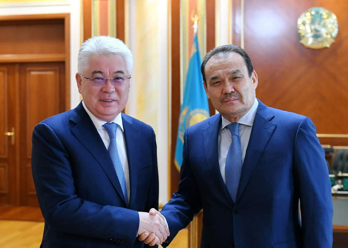 Secretary General of Turkic Council Baghdad Amreyev met with the Minister of Foreign Affairs of the Republic of Kazakhstan, H.E. Beibut Atamkulov.