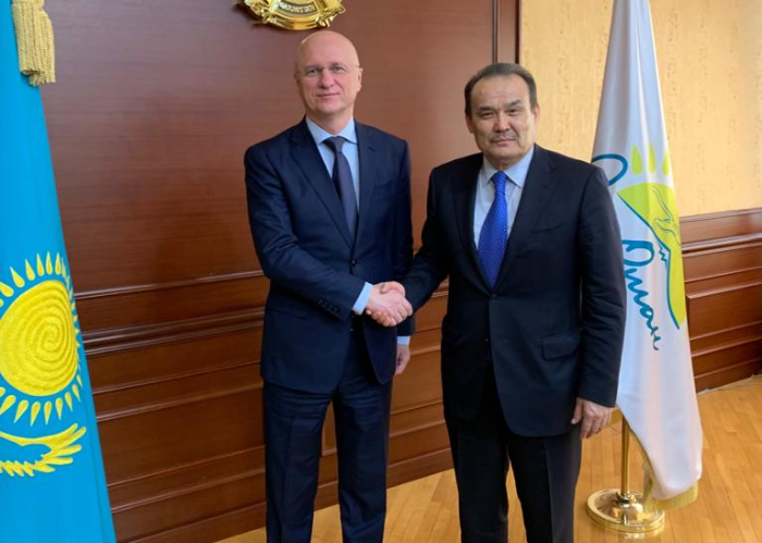 The Secretary General of the Turkic Council Baghdad Amreyev met with Minister of Industry and Infrastructure Development of the Republic of Kazakhstan, H.E. Roman Sklyar.